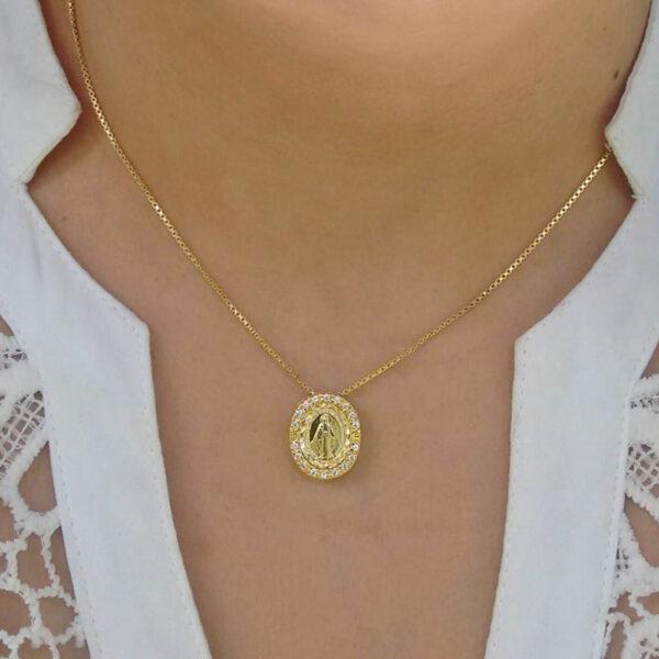 Colar Medalha de Nossa Senhora das Graças com zircônias
