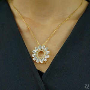 Colar Mandala de Zircônia Folheado a Ouro