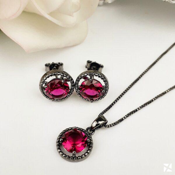 Conjunto Colar e Brinco com pedra Rosa em Ródio Negro