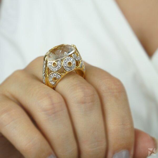 Anel folheado ouro com Cristal e Zircônias