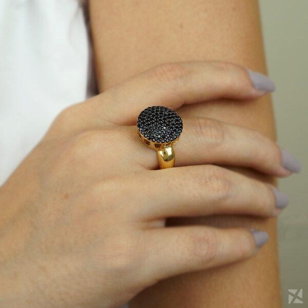 Anel Chuveirinho com Microzircônias Negras Cravejadas