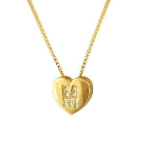 Colar com pingente de letra coração personalizado