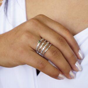 Anel 4 fios com Zircônias e Coroa folheado em ouro branco