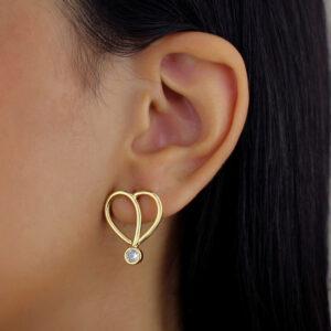 Conjunto colar e brinco com coração diferenciado zircônia cristal banhado em ouro 18k