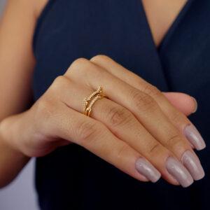 Kit de anéis com orelha de gatinho e anel aparador com zircônias banhado em ouro 18k